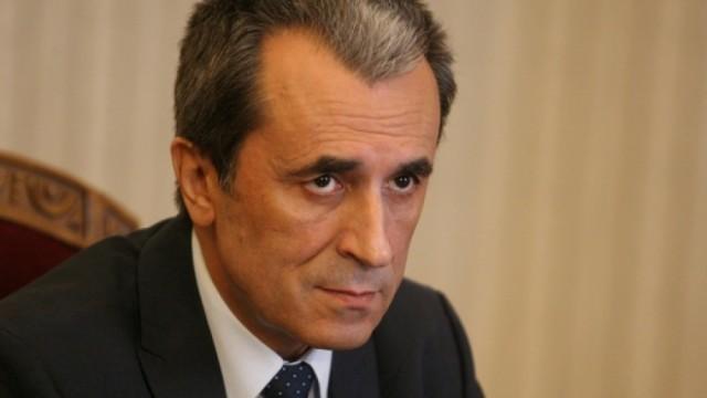 Орешарски: Местан и Станишев предложиха Пеевски за шеф на ДАНС