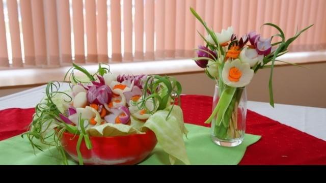Пролетна карвинг изложба показа ПГ по ресторантьорство