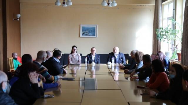Русенски спортни клубове споделиха добри практики и проблеми с министър Кралев