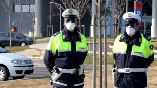 Без милост:  Пък в Гърция ти свалят и номерата на колата, ако нарушиш мерките