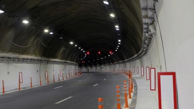 Финално: Пускат без ограничения движението в тунел