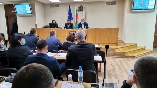 Допълниха наредба с административни услуги, свързани с таксиметровия превоз в община Плевен