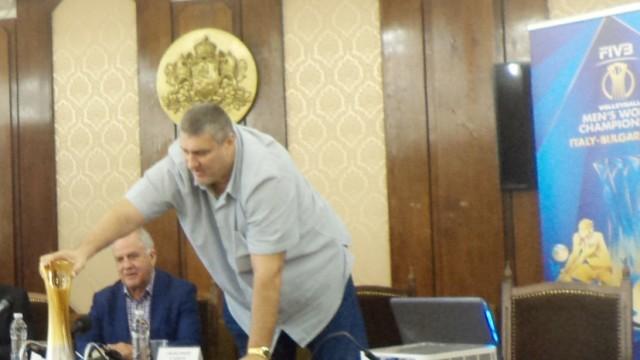Издигнаха кандидатурата на Любо Ганев за президент на Федерацията по волейбол