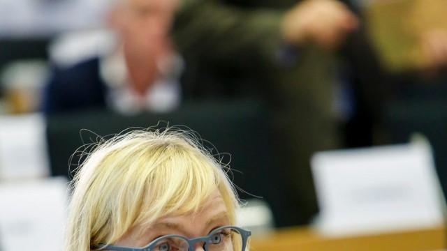 Елена Йончева подала жалба в Страсбург срещу обвиненията на българската прокуратура