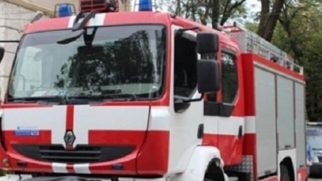 Огромен пожар край Старосел, евакуират хората