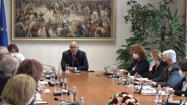 Румен Радев обсъди с ЦИК начина на провеждане на изборите