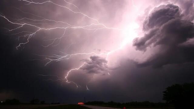 Купесто-дъждовна облачност, ще има краткотрайни валежи с гръмотевици