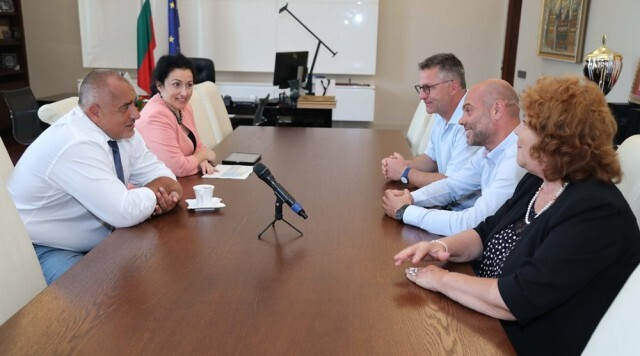 Борисов обеща над 56 млн. лева на животновъдите