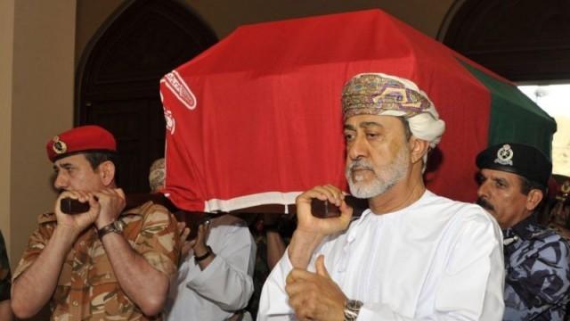 Новият султан на Оман - оксфордски възпитаник и голям футболен запалянко