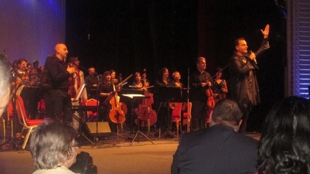 Плевен: Благотворителният концерт за паметник на Емил Димитров събра още 7000 лева