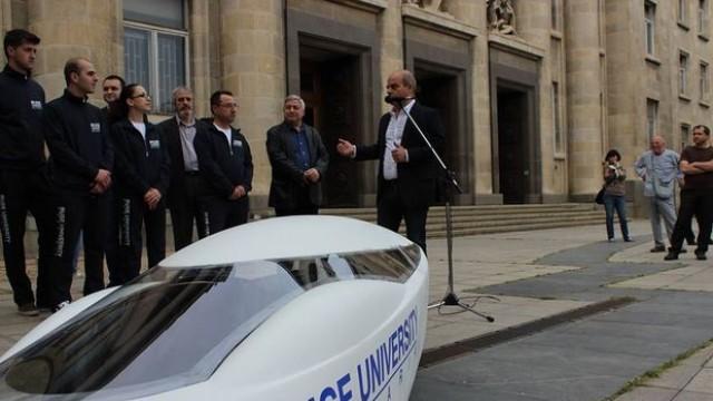 Русе: Електромобилът на РУ обновен, двойно вдигна шансовете си за Ротердам