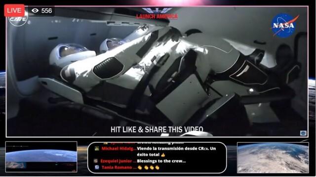 Dragon на SpaceX успешно се скачи с Международната космическа станция