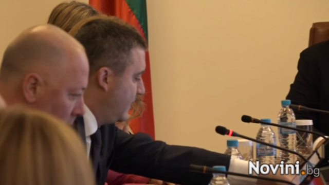 Бизнесът победи. Борисов към Горанов: Докато не постигнеш консенсус, Наредба Н-18 няма да съществува!