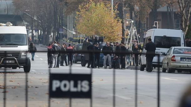 Експлозия в историческия център на Истанбул, има ранени