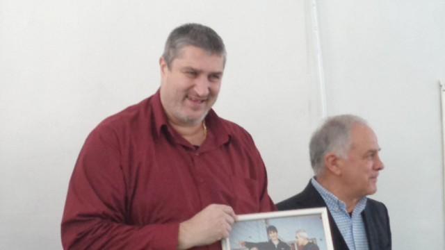Любо Ганев поема волейболната ни федерация до избирането на новия й президент