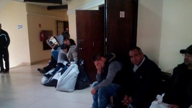Секционни комисии с чувалчета осъмнаха пред РИК в Русе