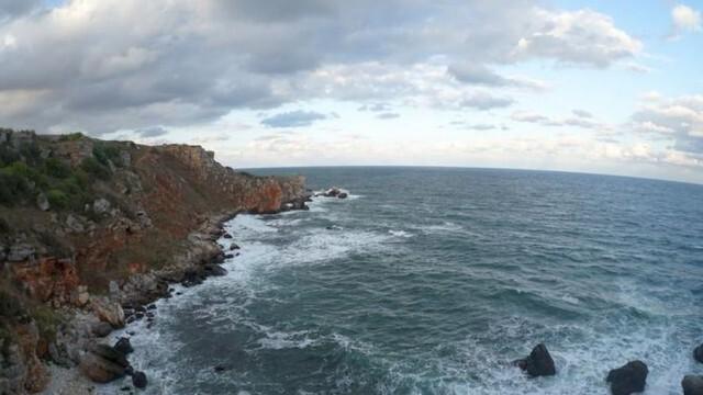 МОСВ възложи оценка на екологичните въздействия в района на заседналия кораб