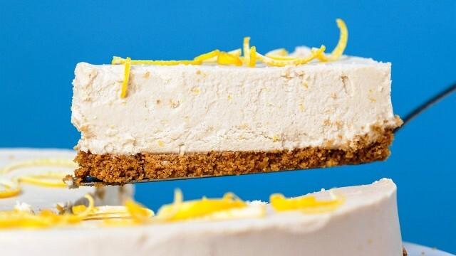 """Ето как да приготвите лимоновия чийзкейк от сериала  """"Приятели"""""""