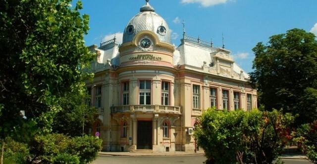 Регионалната библиотека отменя всички събития от културния си афиш