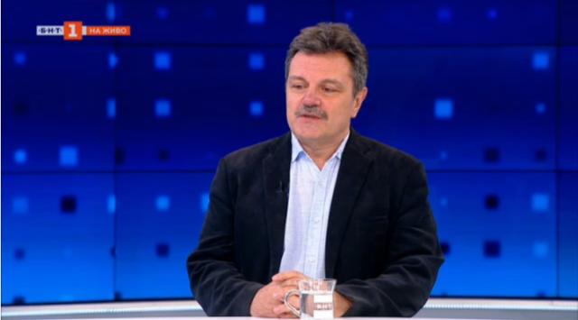 Депутатът д-р Симидчиев: При тези темпове на ваксинация не можем да изградим колективен имунитет