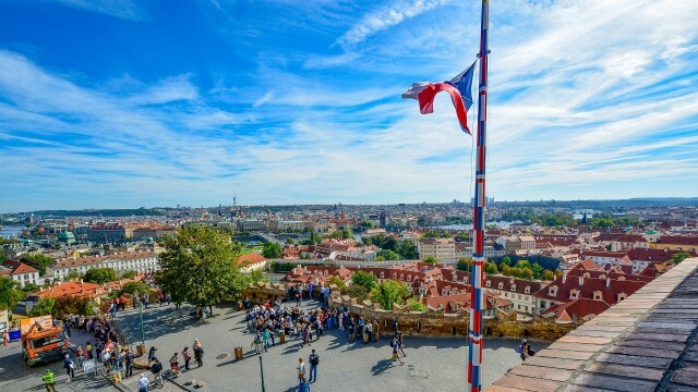 Чехия експулсира 18 руски дипломати