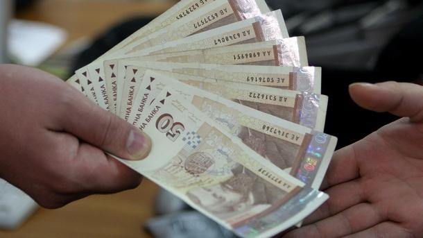 Над 2 млрд. лева са били бързите кредити до края на 2014-а