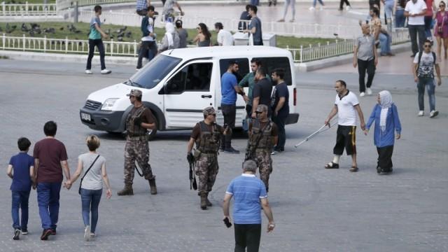 Извънредно положение в Истанбул