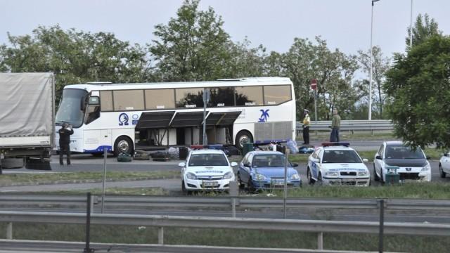 Словак или чех е поставил бомбата в рейса с българи, била мощна