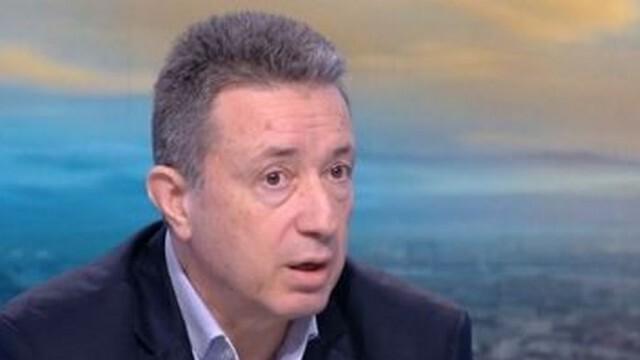 Янаки Стоилов: Преди да връчи първия мандат, президентът да свика консултации с партиите