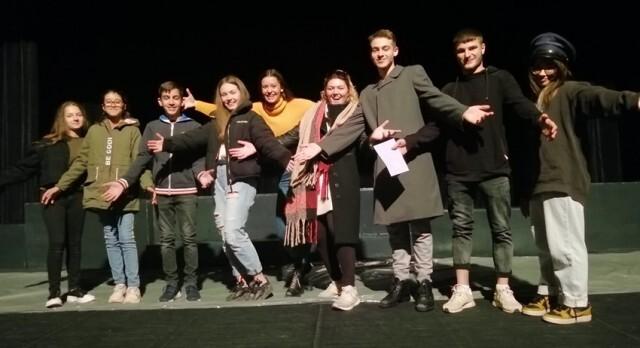 Младите силистренски театрали обраха наградите в национален фестивал