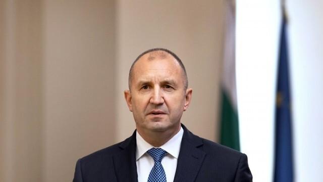 Румен Радев: Който не гласува, оставя на произвола на чуждия избор съдбата на Родината, своята и тази на близките си хора