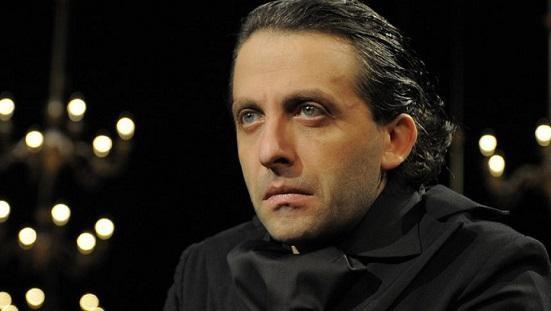Мариус Куркински гостува на плевенска сцена през февруари