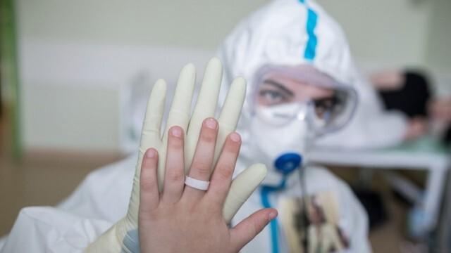 Масова имунизация срещу COVID-19 в Русия