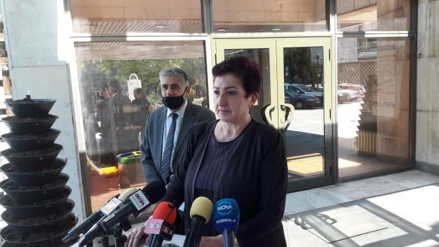 РЗИ-Русе: Трите нови случая на заразени с коронавирус са колеги на вече заболял