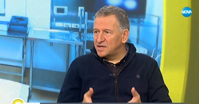Д-р Стойчо Кацаров: Такъв подход  - стойте си вкъщи, да видим какво ще стане другия месец, не е добър