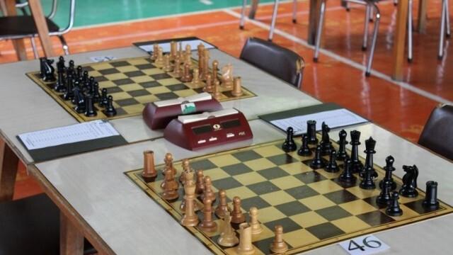 Оспорвани битки в традиционния шахматен турнир за купа
