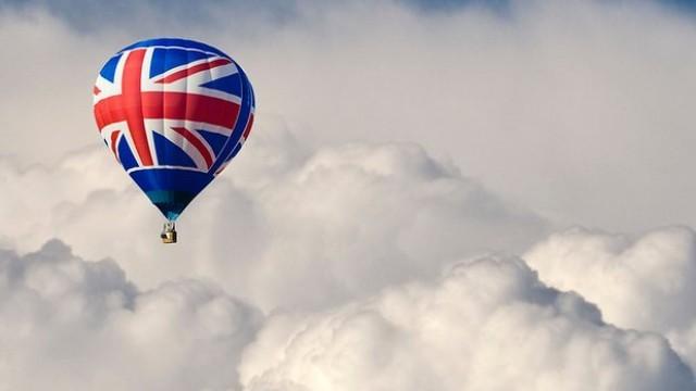 Британците напират за ирландски паспорти