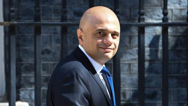 Британският здравен министър: Безотговорно е да изключа опцията за нов локдаун
