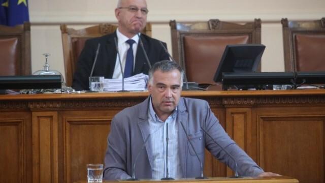 БСП поиска оставките на Борисов, Горанов и Менда Стоянова
