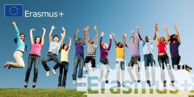 Ново: Студентски заеми за обучение в магистърска програма във Франция