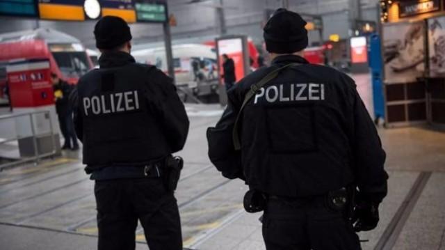 12-годишно момче опита да взриви бомба на коледен базар в Германия