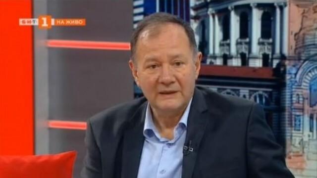 Михаил Миков с критика към процесите в БСП: Правят се игрички по места, за да се осигури подходящият човек