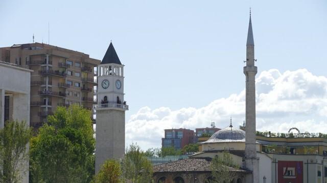 Без задължителна карантина за пътуващите транзит през Северна Македония и Гърция за Албания