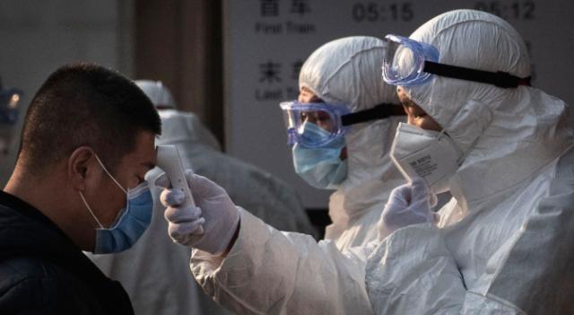 Загиналите от коронавируса в Китай вече са поне 1113, СЗО говори за глобална заплаха