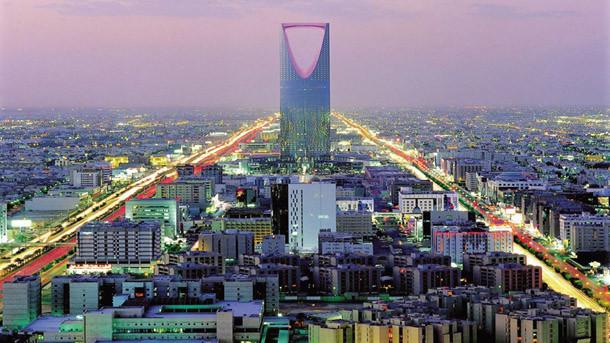 Саудитска Арабия ускорява изграждането на стена срещу