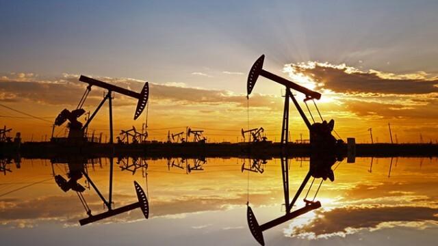 Коронавирусът отново смъкна цената на петрола