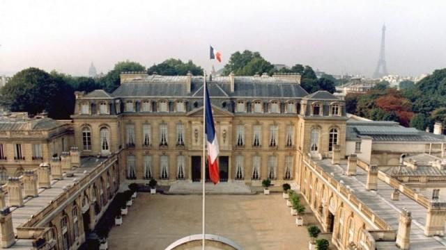 Франция удължава националната си карантина