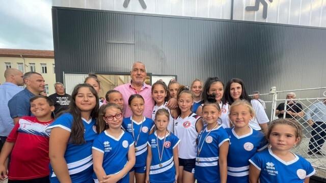БСП-Пловдив област сезира ЦИК, РИК, Агенцията за Закрила на детето и РУО за злоупотреба с деца от Бойко Борисов