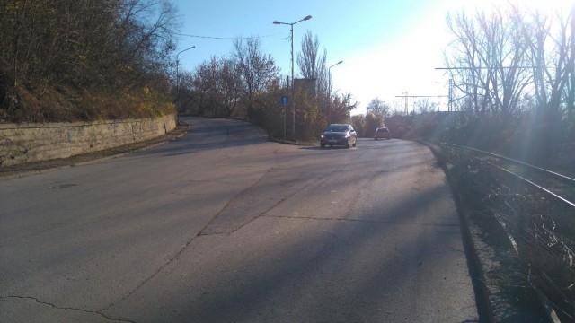 Общината в Русе слага пътни знаци по сигнали на русенци