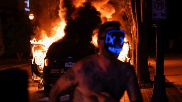 САЩ се тресе от сблъсъци между полиция и протестиращи, въвеждат комендантски час